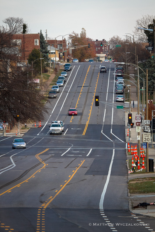 Eastbound Chippewa, Gravois Intersection Visible