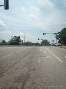 Fading lanes on southbound Tower Grove Avenue at Vendeventer